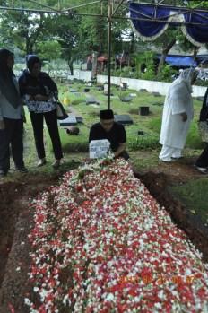 284-Pemakaman-Ervi-27Maret2017