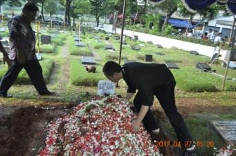 324-Pemakaman-Ervi-27Maret2017